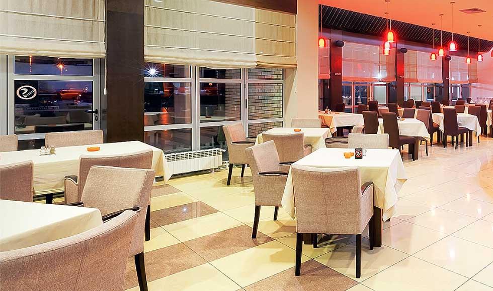 Exceptionnel Mobilier d'intérieur extérieur pour restaurant, bar et café  SS49